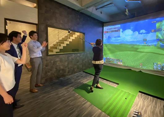 ゴルフとお酒を楽しむ大人時間